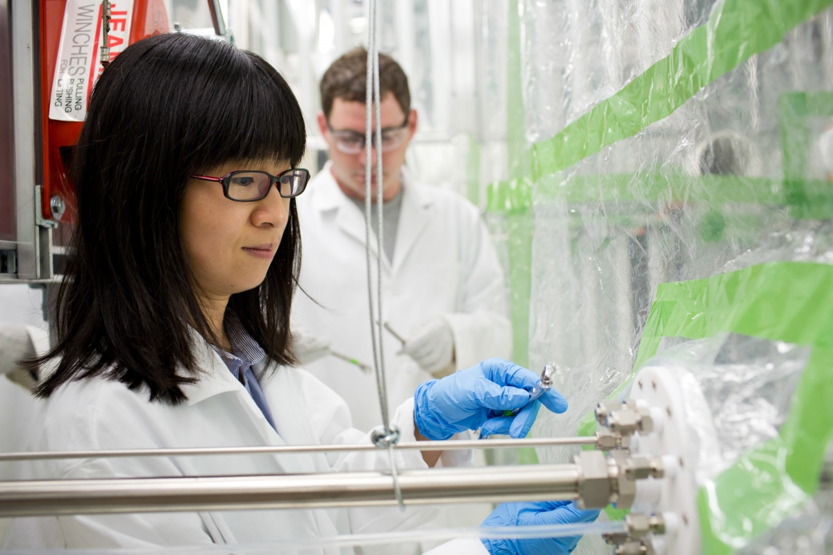 Sally Ng in her lab