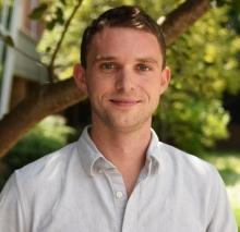 Dr. Chris Reinhard